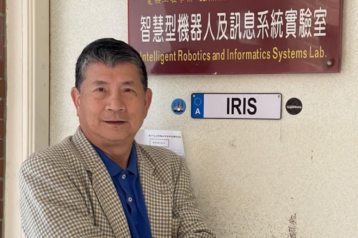 Professor Kao-Shing Hwang awarded MOST Outstanding Research Award