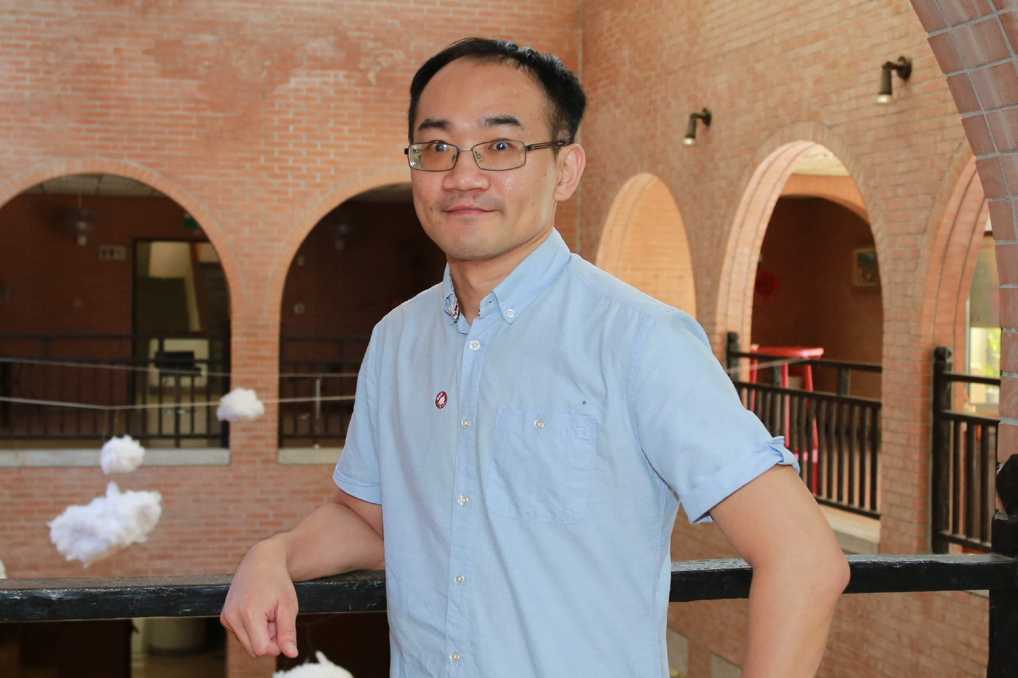 Assistant Professor Shin-Ming Huang with his international research team published papers in 3 top international journals in the past 1.5 years