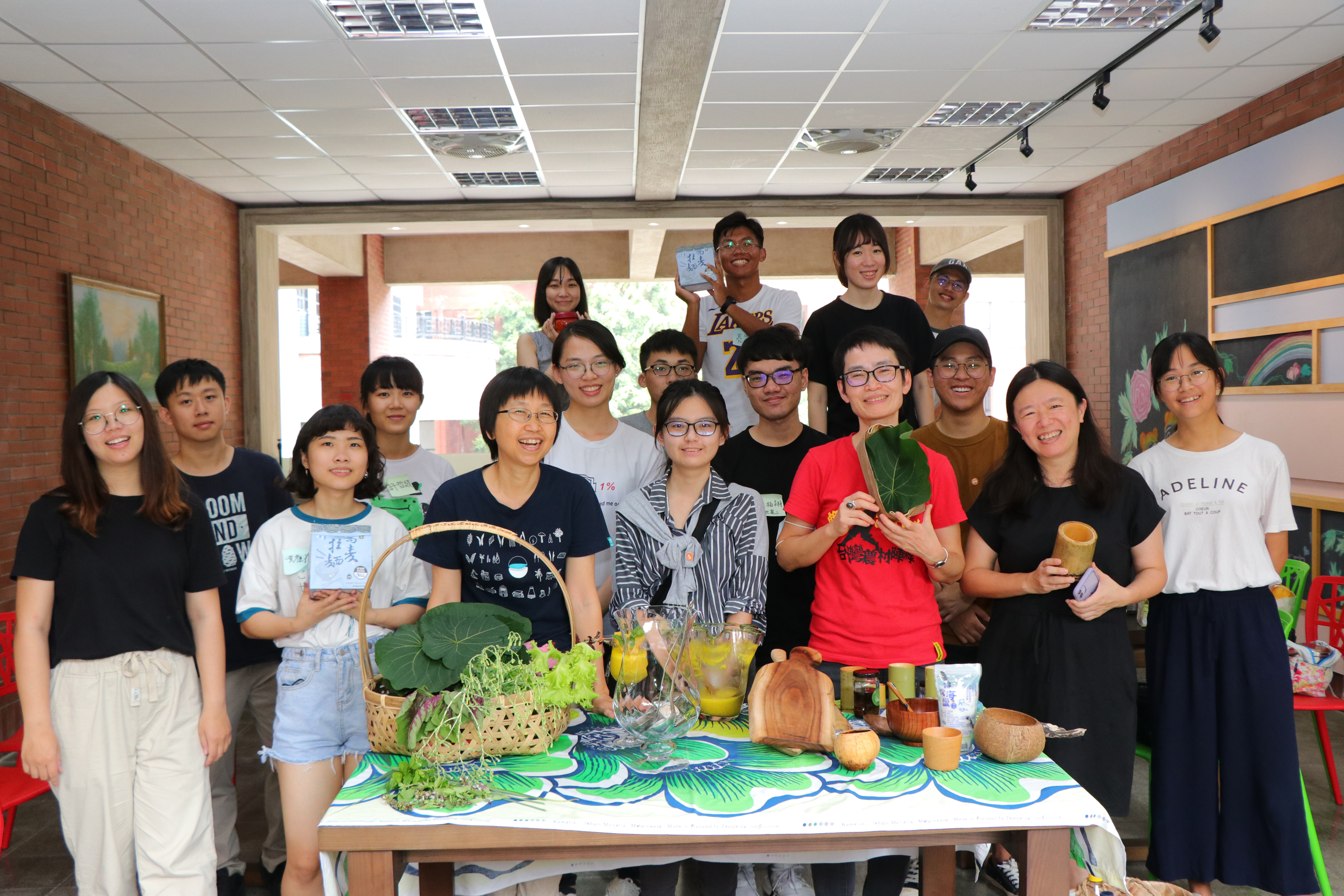 Students' self-governance on campus: students design dormitory kitchens