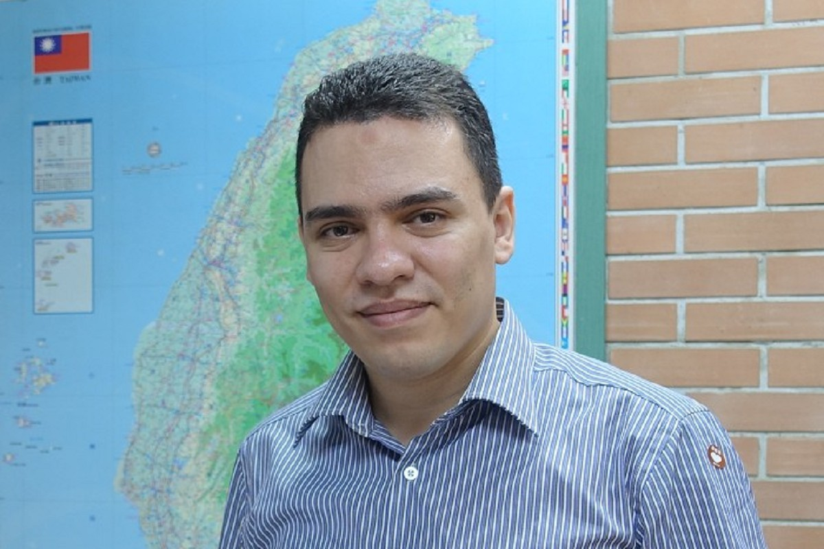 Laboratory                   of Assistant Professor Ahmed El-Mahdy is the first lab in                  Taiwan to successfully prepare covalent organic frameworks and                  apply them to develop green technologies